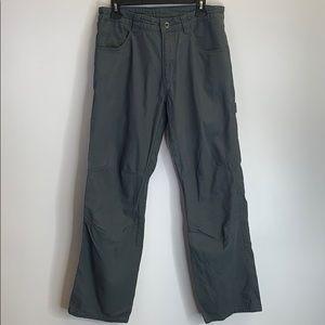 Patagonia Cargo Pants Size 32 (J 106)